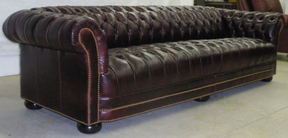 Bristol Sofa with Classic Tufted Seat