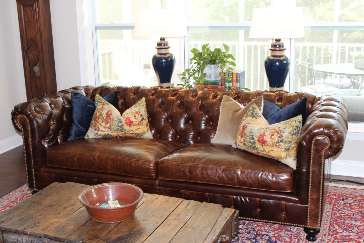 Customer Kingsbridge Sofa